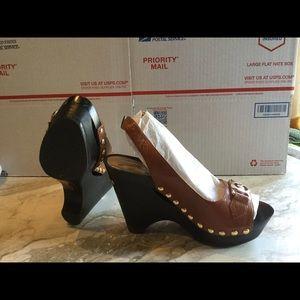 Michael Kors Shoes - Michael Kors leather platform sandals